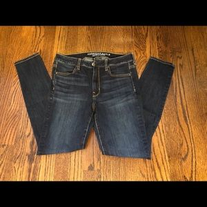 Woman's American Eagle Outfitter jeans size 8